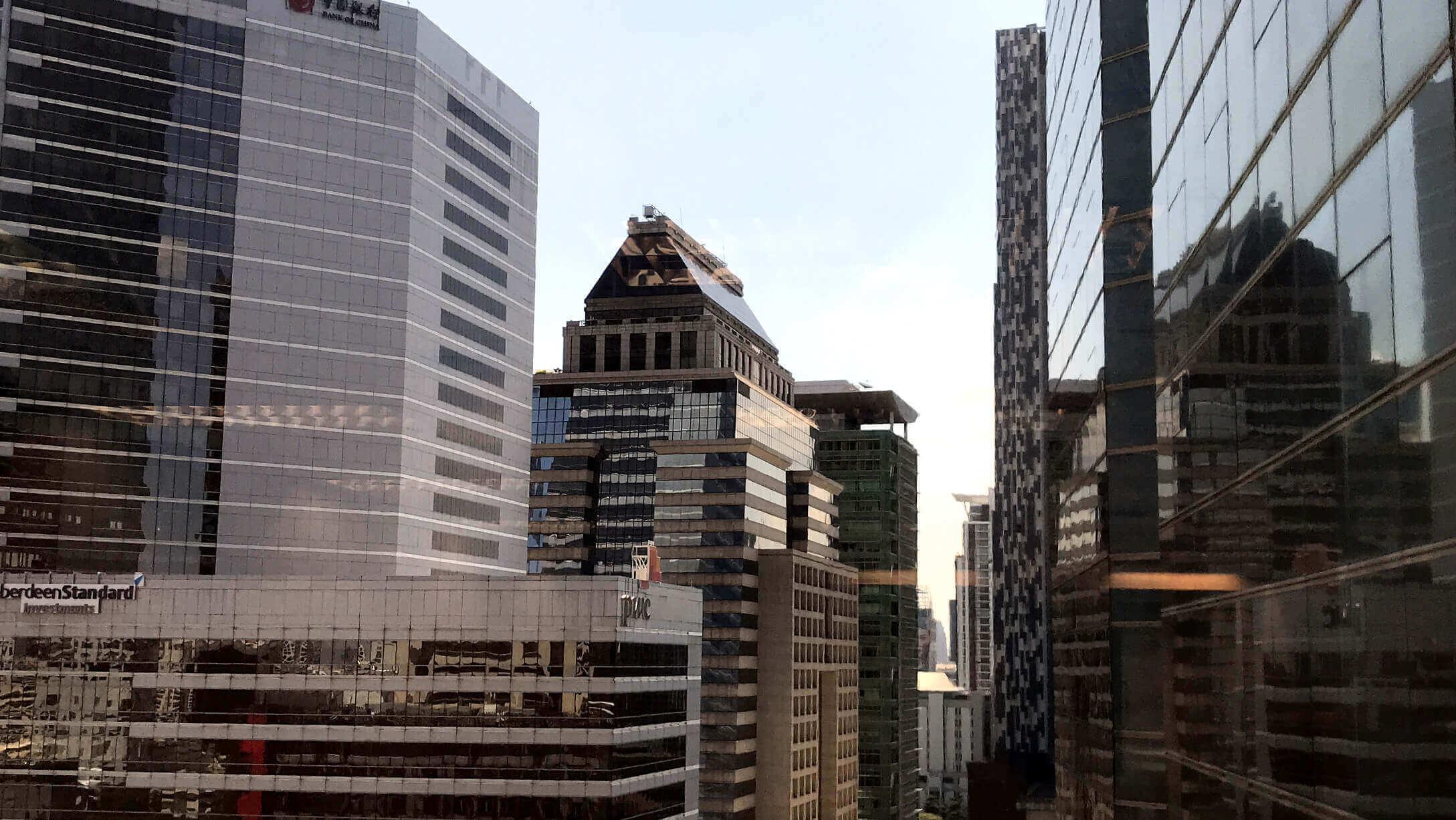 オフィス物件 Empire Tower 窓からの景色