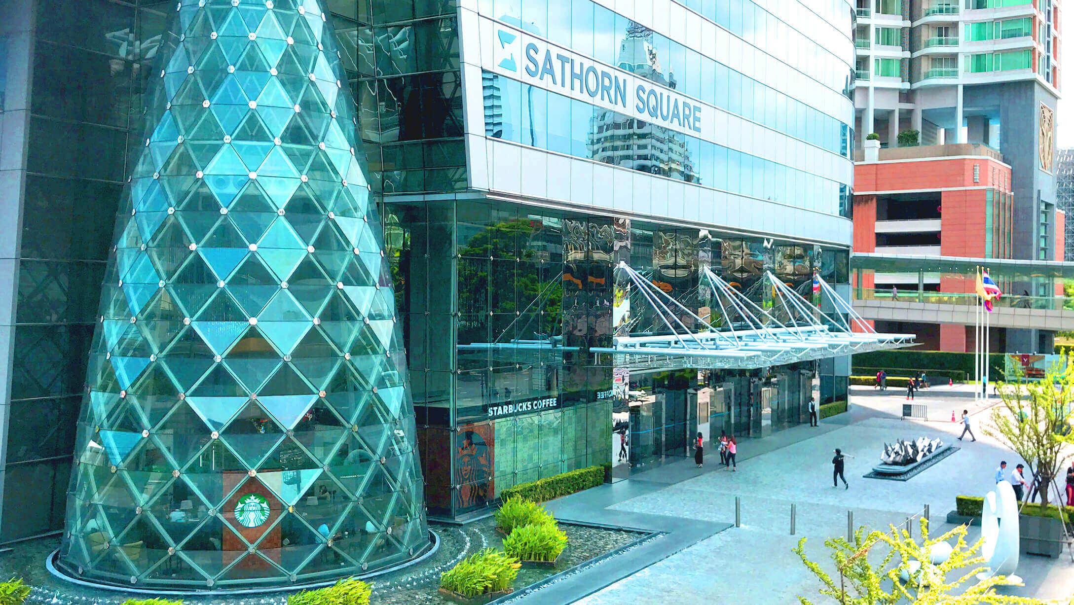 オフィス サトーンスクエア Sathorn Squareビルのエントランス画像