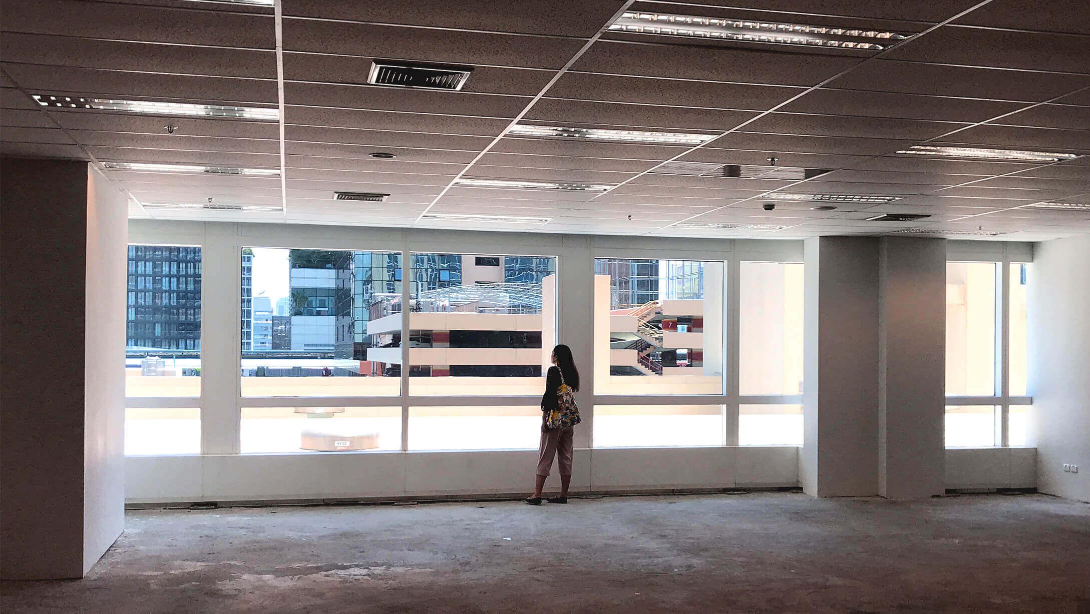 バンコク オフィス物件 アテネタワー 部屋の様子