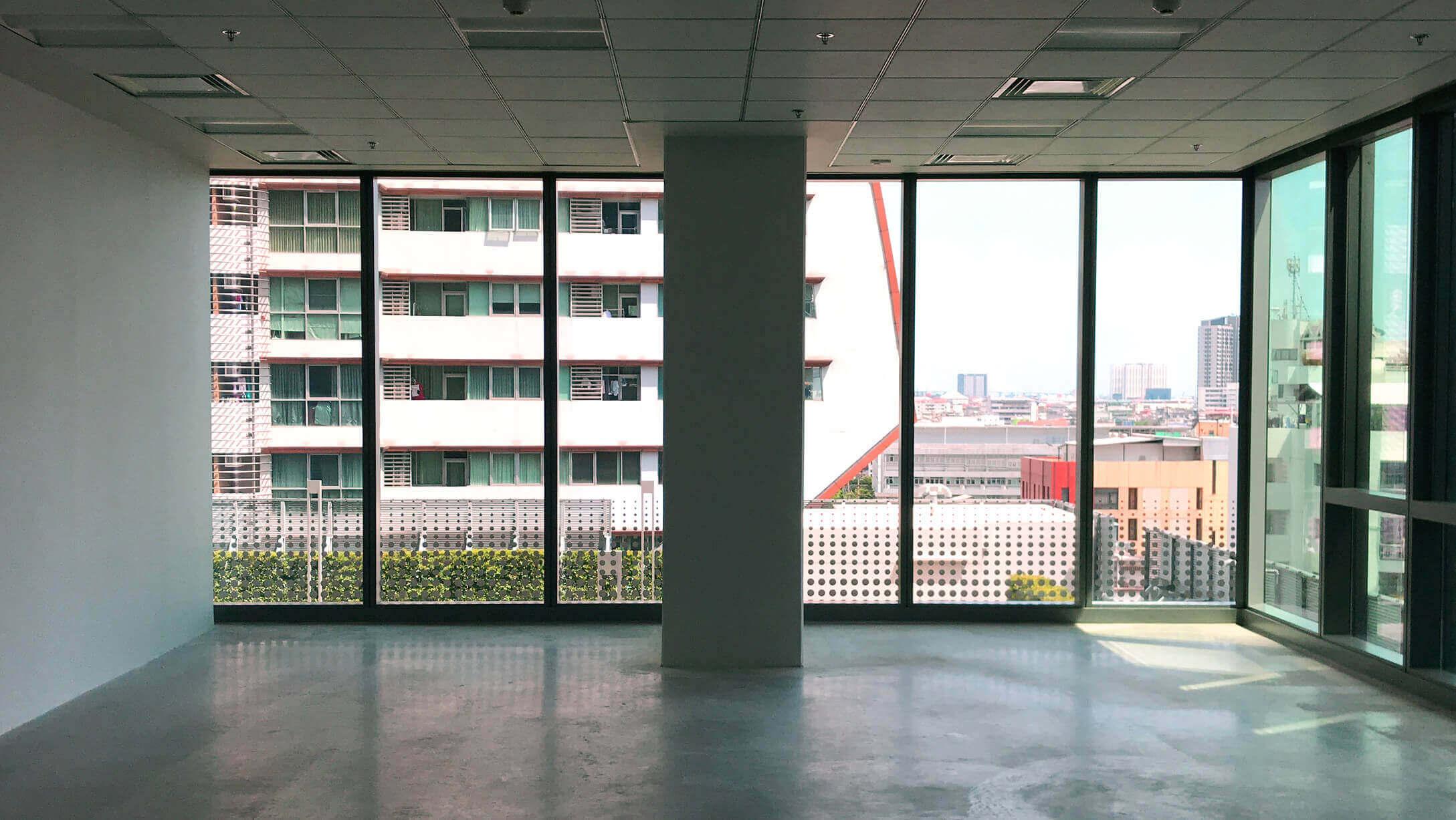 バンコク オフィス物件 AIA Sathorn Tower 25〜40名が働ける広さ