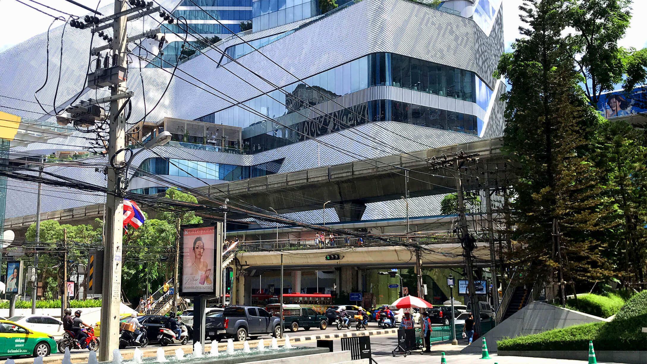 バンコク オフィス ジャスミンシティー オフィス から商業施設へ