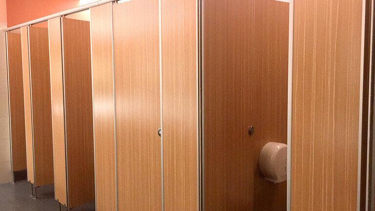バンコク プロンポン オフィス物件 エンポリアム 女性トイレの様子